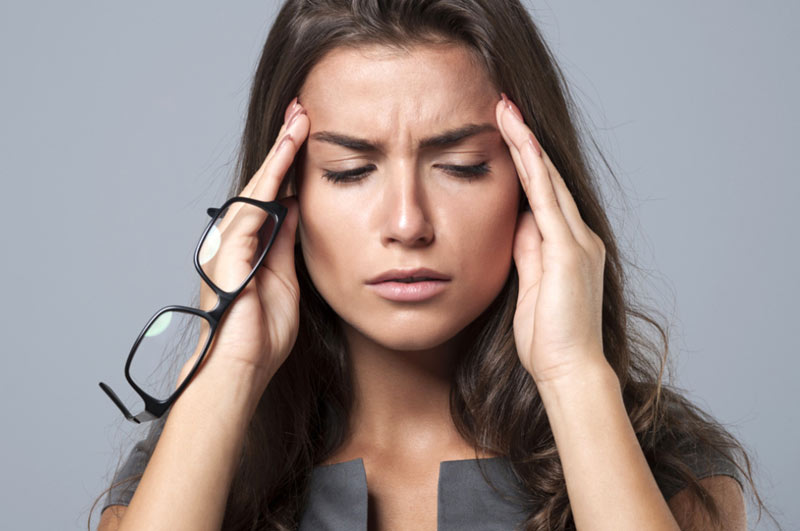 mal-di-testa-i-segnali-che-invia-il-tuo-corpo